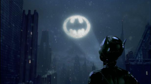 batman-returns-projection