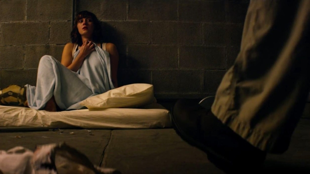 10-cloverfield-lane-winstead